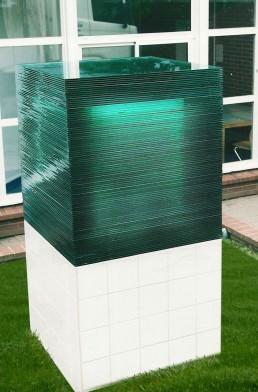 Sculpture cube verre - poids 1500 kgs - Vaucresson